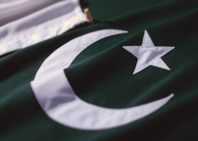cropped-pakistan-flag.jpg